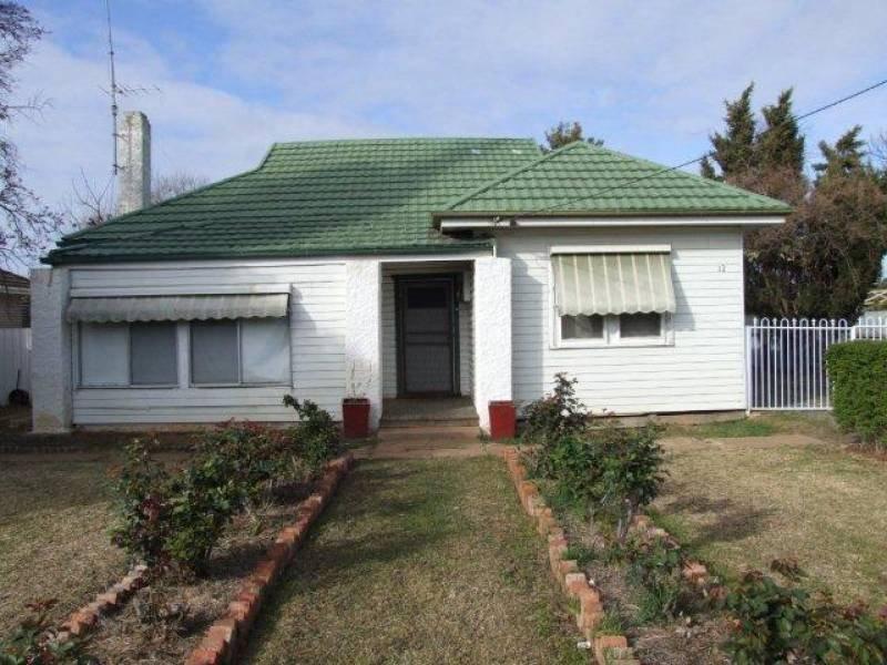 12 Mahonga St, Jerilderie, NSW 2716