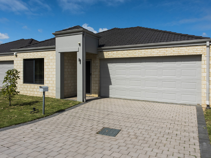 4/52 Fifth Road, Armadale, WA 6112