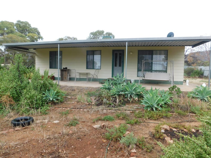 216 Gulfview Rd, Napperby, SA 5540
