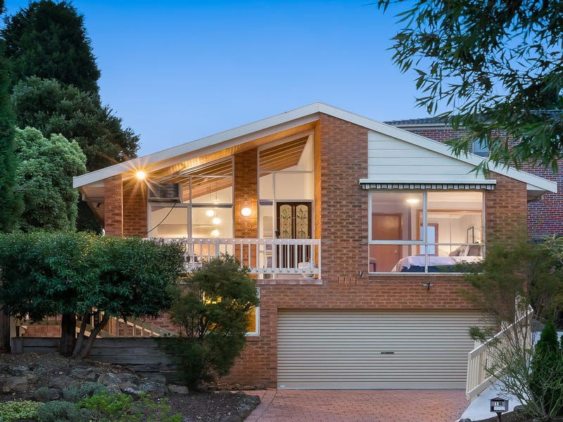15 Tourmaline Crescent, Wheelers Hill, Vic 3150