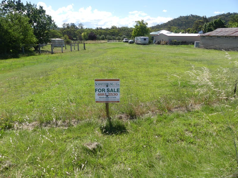 4 Walters Road, Glen Aplin, Qld 4381