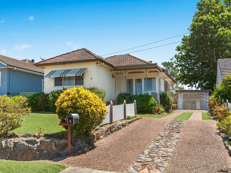 8 Vista Parade, Kotara, NSW 2289