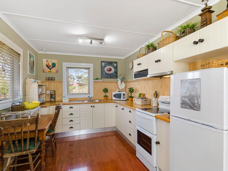 46 Cumberteen Street, Hill Top, NSW 2575