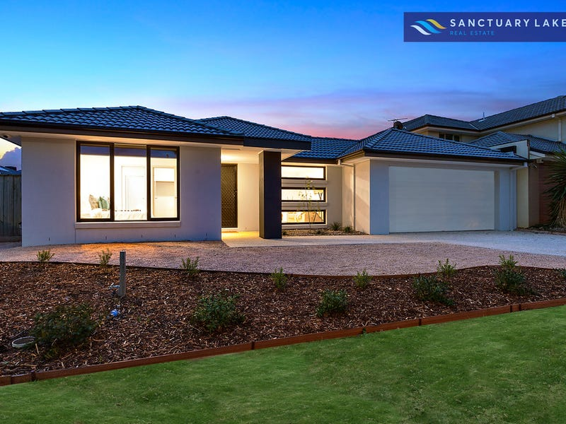 56 Monterey Bay Drive, Sanctuary Lakes, Vic 3030