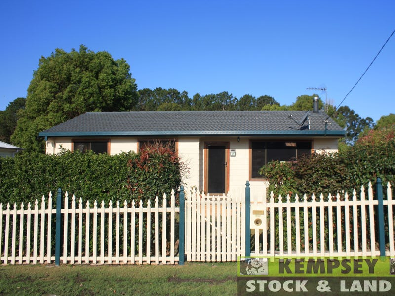 Address available on request, Frederickton, NSW 2440
