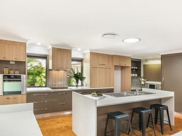 3 Courtney Place, Moggill, Qld 4070
