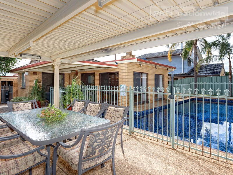 61 Northcott Parade, Mount Austin, NSW 2650