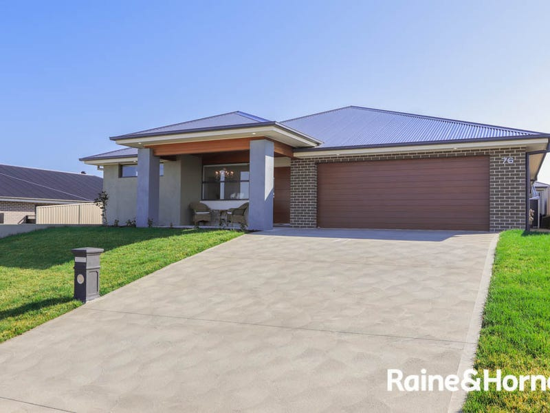 76 Wentworth Drive, Kelso