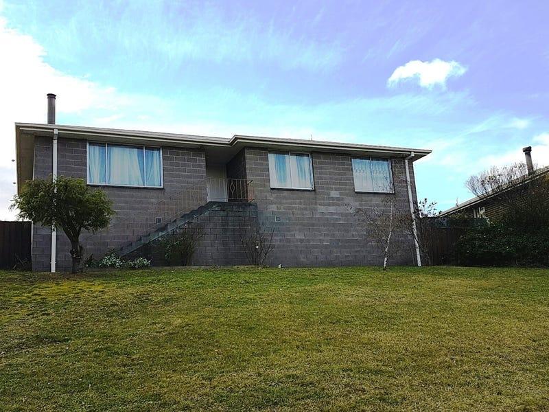 28 Calvert Crescent, Herdsmans Cove, Tas 7030