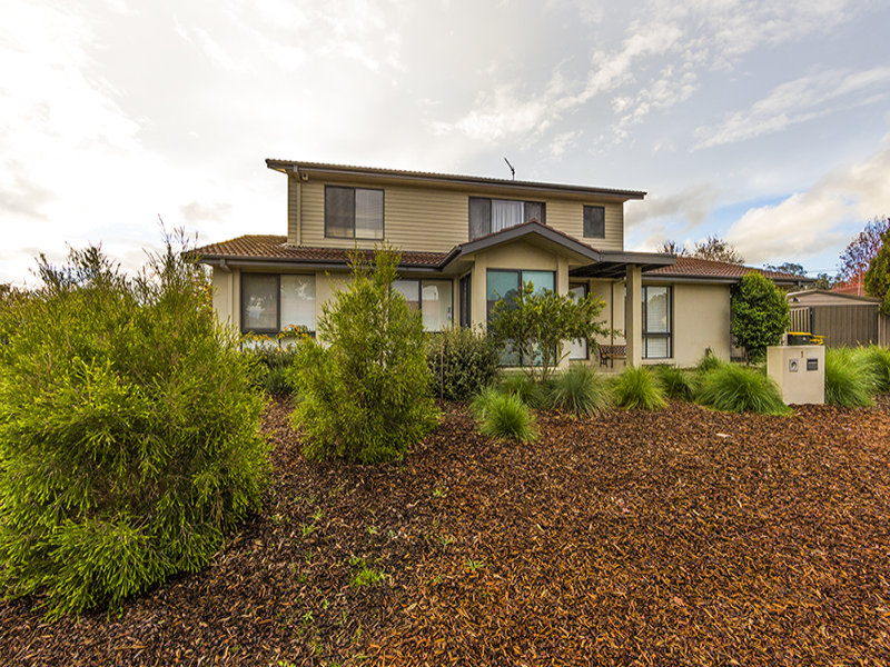 1 Rayment Place, Gowrie, ACT 2904