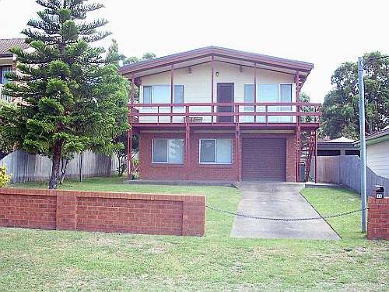 14 Verge Road, Callala Beach, NSW 2540
