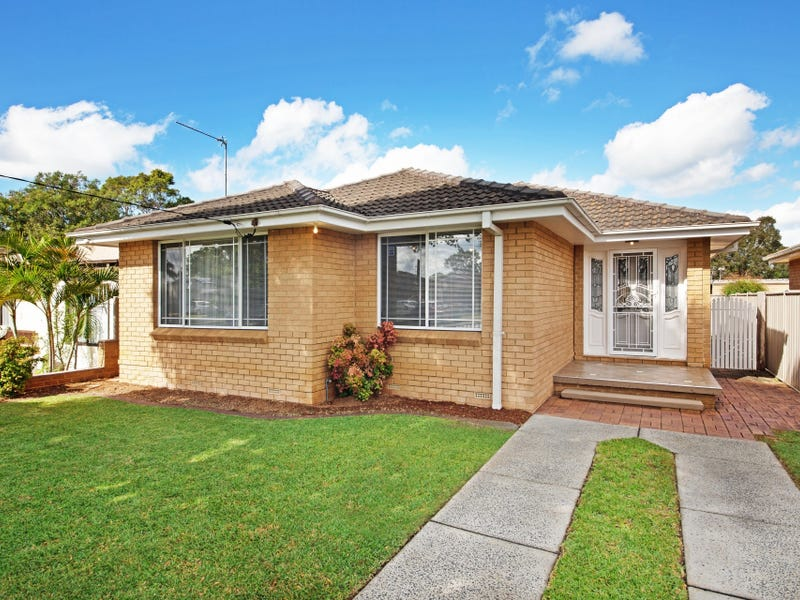33 Dorothy Avenue, Woy Woy, NSW 2256