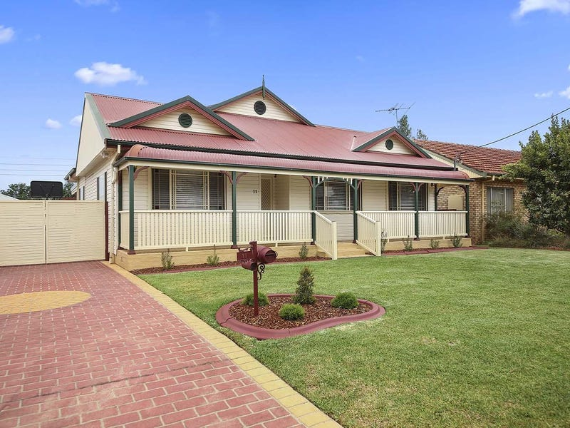 11 Presland Avenue, Revesby, NSW 2212