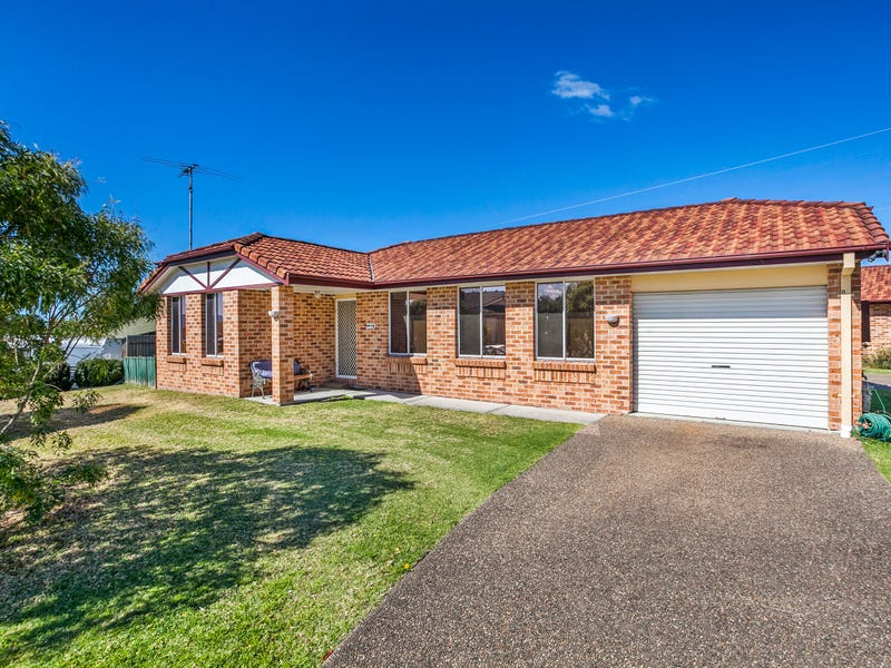 8/6 Macleay Place, Albion Park