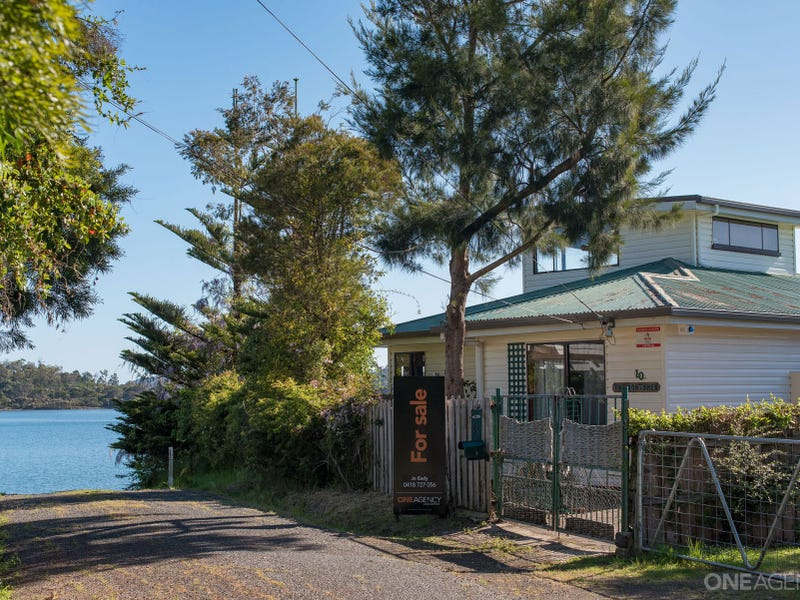 10 Eton Street, Beauty Point, Tas 7270