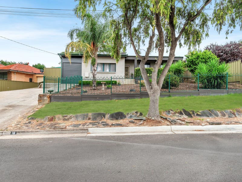 16 Flinders Drive, Valley View, SA 5093