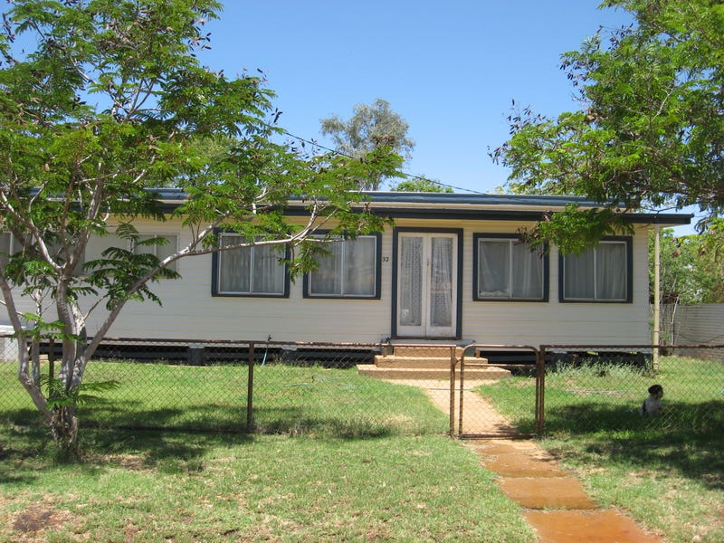 32 BOONKAI ST, Quilpie, Qld 4480