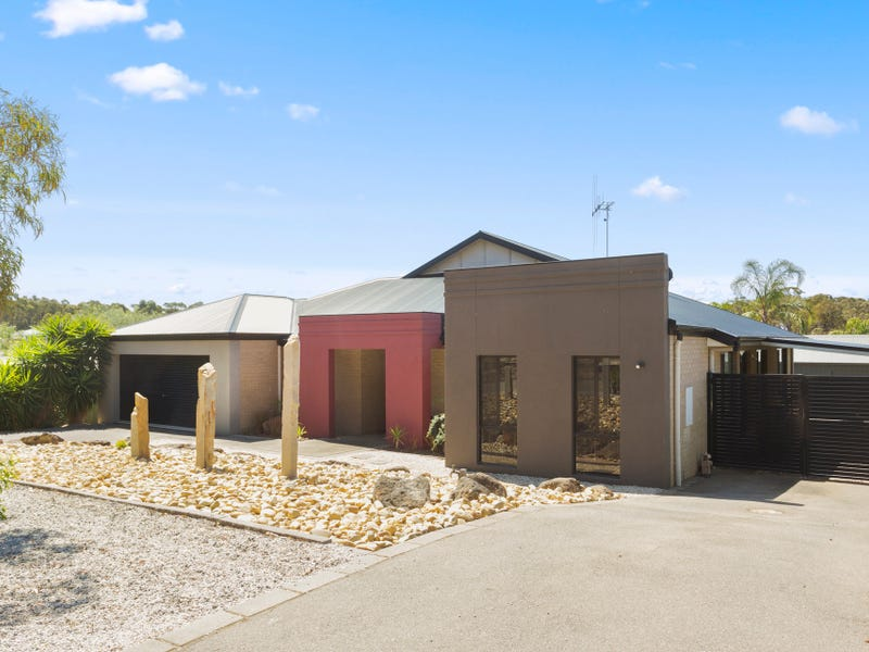 6 Needlewood Drive, Kangaroo Flat, Vic 3555