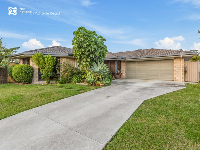 72 Newcastle Drive, Pottsville, NSW 2489