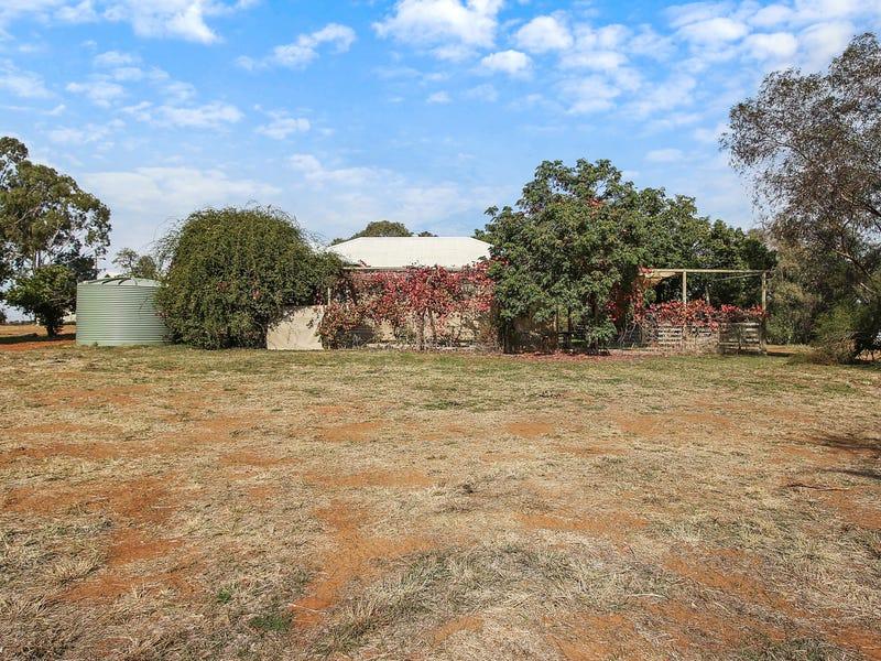 129 Bedggoods Road, Brocklesby, NSW 2642