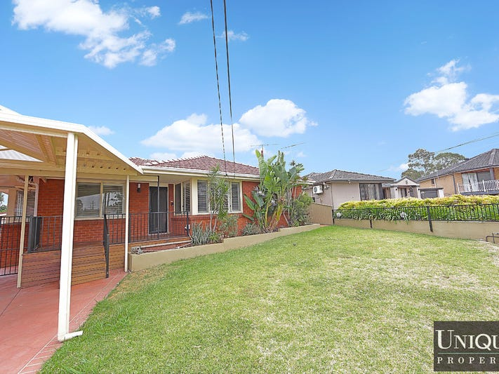 3 Ayres Crescent, Georges Hall, NSW 2198