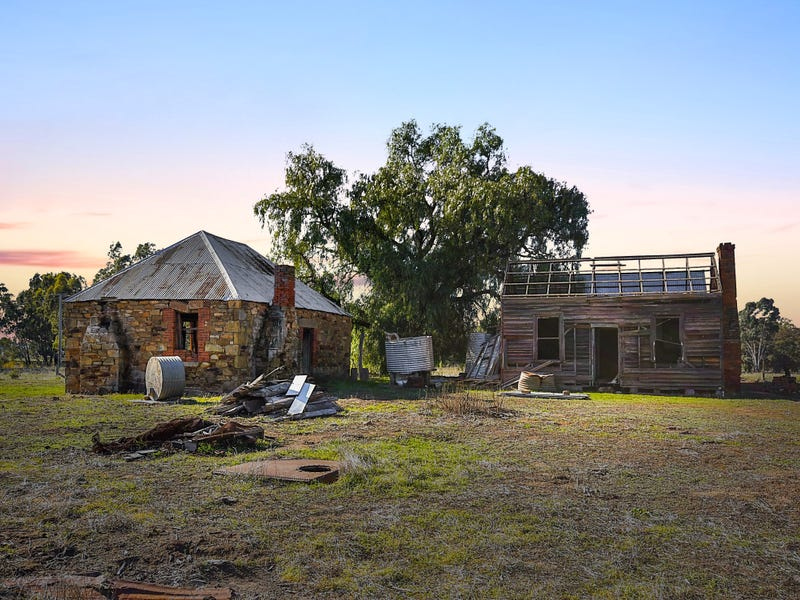 24 Goldsborough Road, Dunolly, Vic 3472