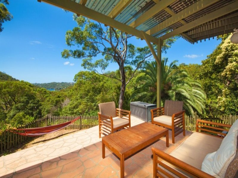 70 Sugarloaf Crescent, Castlecrag, NSW 2068