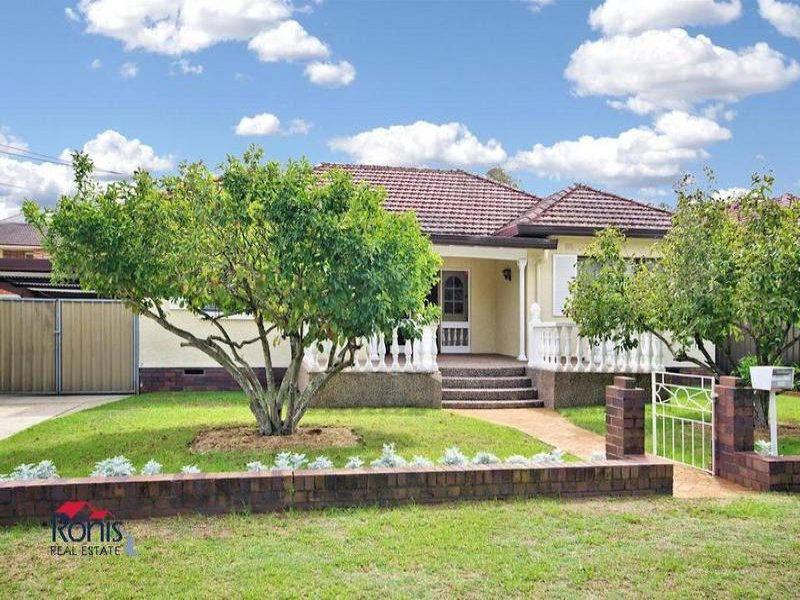 10 Rabaul Rd, Georges Hall, NSW 2198