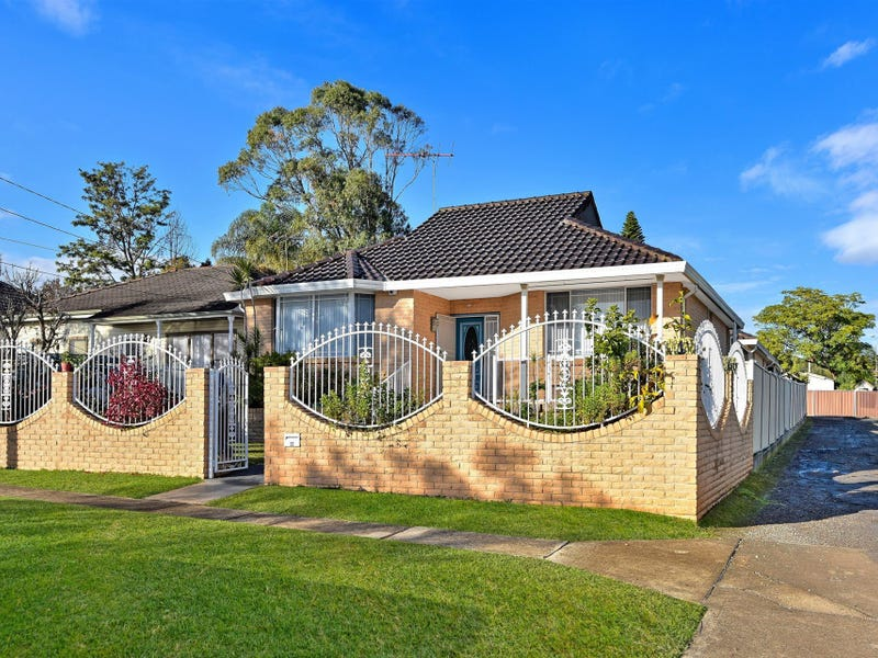 33 Amesbury Avenue, Sefton, NSW 2162