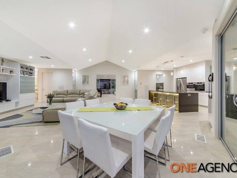 100 Atkinson Street, Queanbeyan, NSW 2620