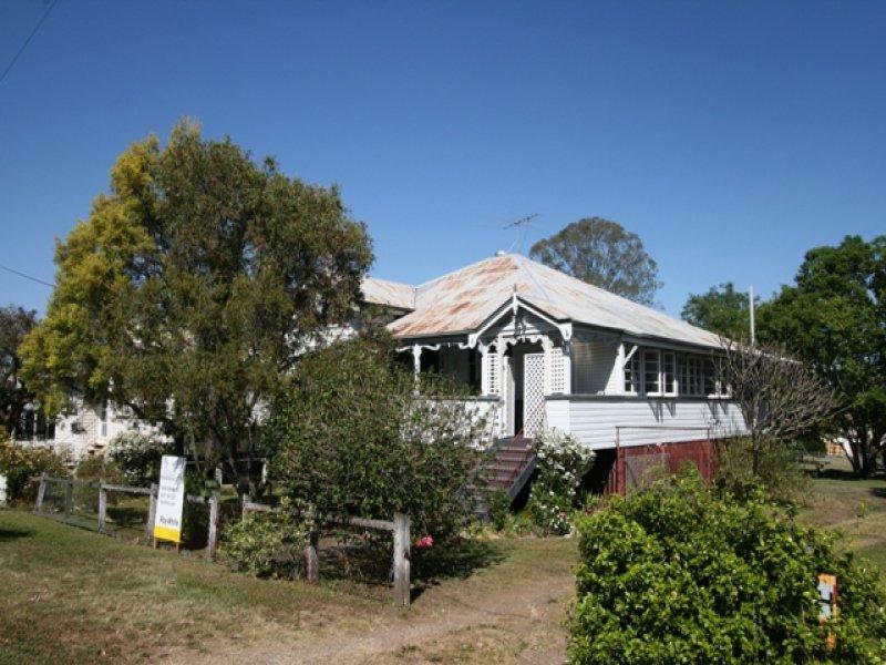 13 Grange Road, Ipswich, Qld 4305