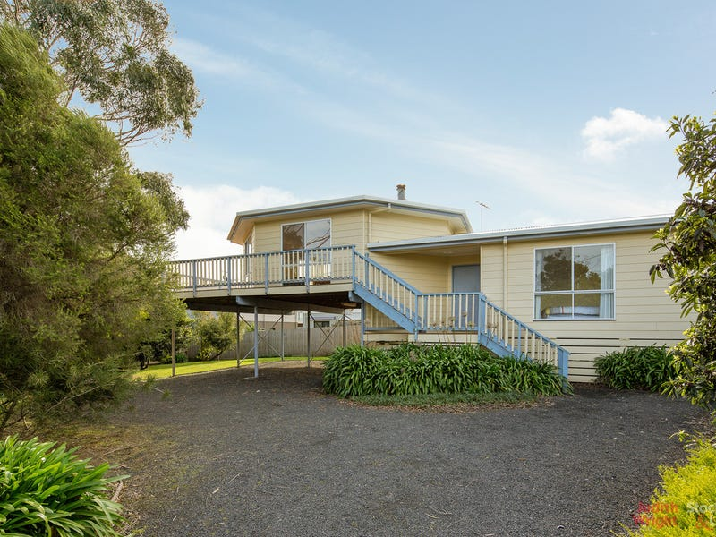 42 Driftwood Drive, Cowes, Vic 3922