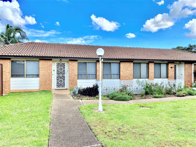 11/26 Turquoise Crescent, Bossley Park, NSW 2176