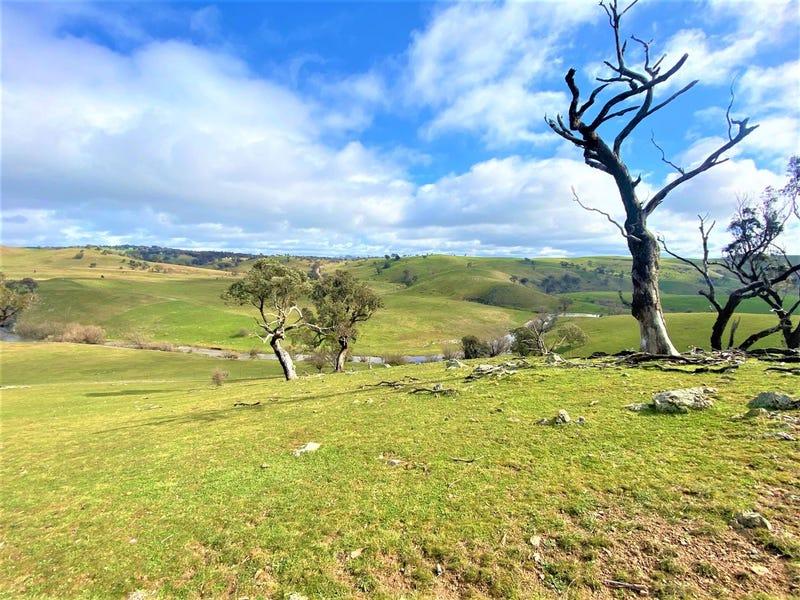 121 Blue Hill Road, Taralga, NSW 2580
