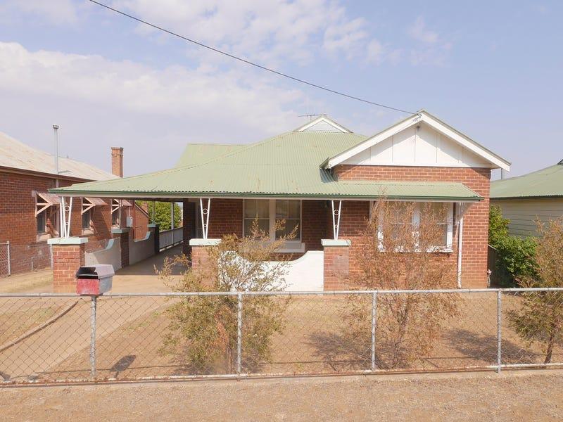 42 Lachlan Street, Cowra, NSW 2794