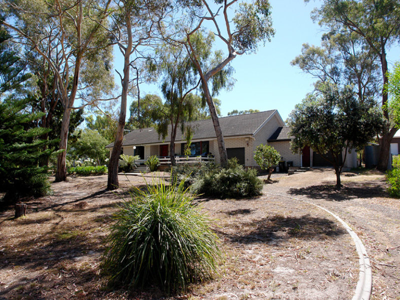 192 Nowra Road, Roches Beach, Tas 7170