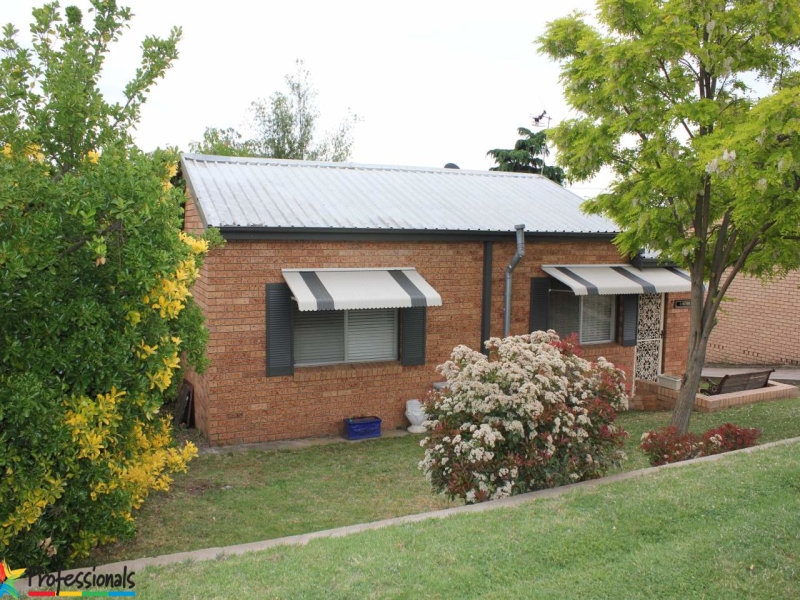 21 Pacific Way, Bathurst, NSW 2795