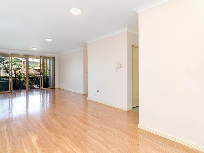 10/18 Northcote Street, St Leonards, NSW 2065