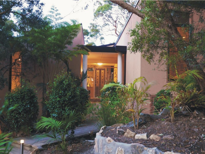 35 Green Valley Avenue, St Ives, NSW 2075