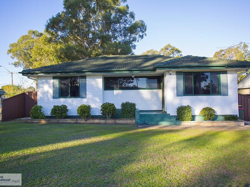 19 Yalta Street, Sadleir, NSW 2168