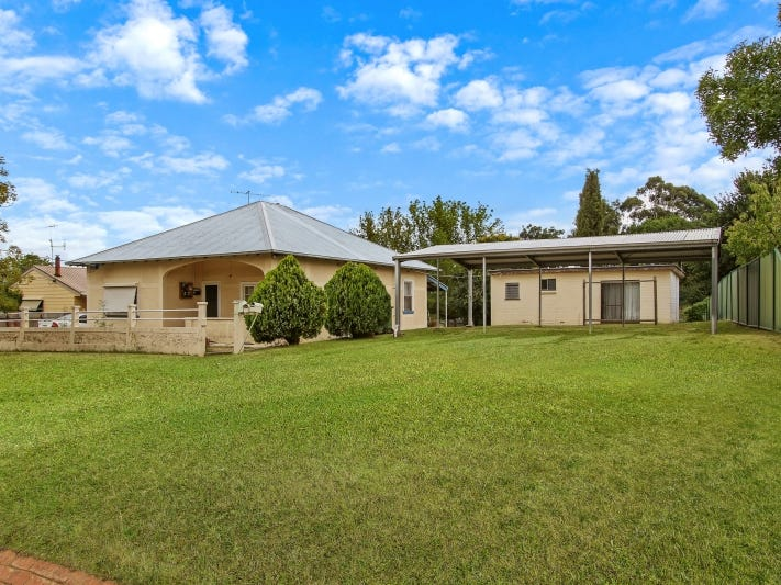 15 Mellish Street, Beechworth, Vic 3747