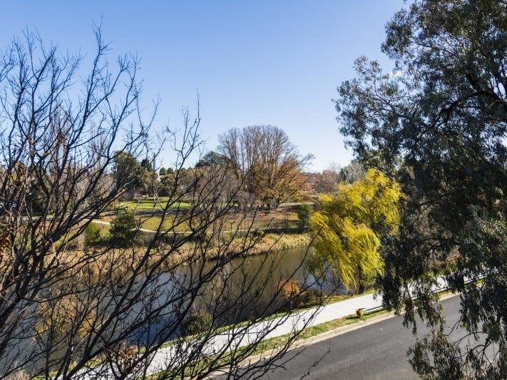 6/1 Mowatt Street, Queanbeyan, NSW 2620