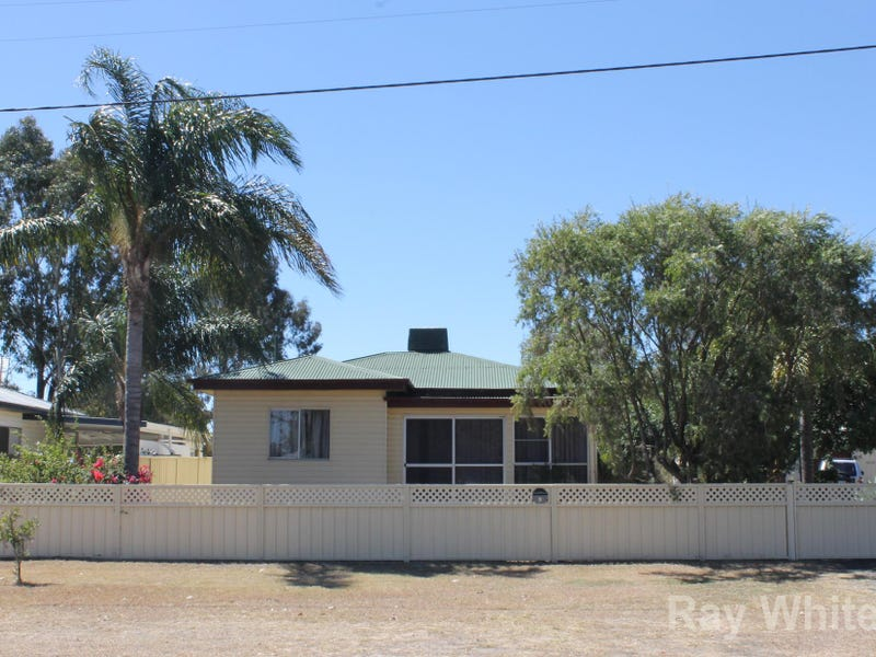 5 Besley Street, Dalby, Qld 4405