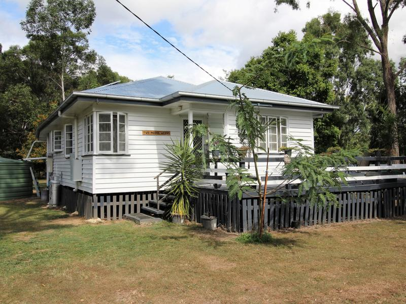 1 School Rd, Moore, Qld 4314