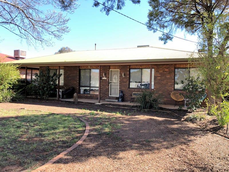 17 School Street, Hanwood, NSW 2680