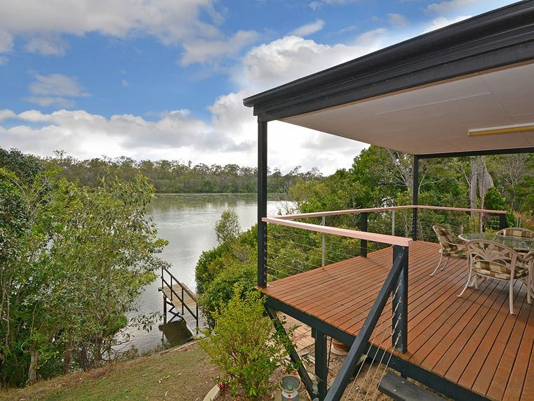 208 Pacific Haven Circuit, Pacific Haven, Qld 4659