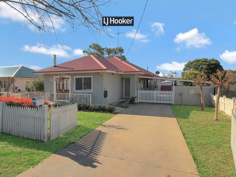 11 Gilchrist Street, Inverell, NSW 2360