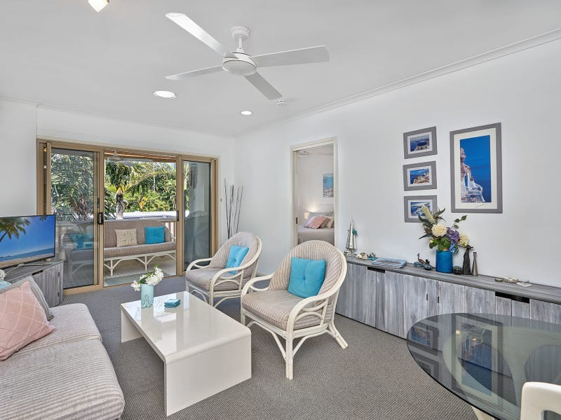 2/13 Amphora Street, Palm Cove, Qld 4879