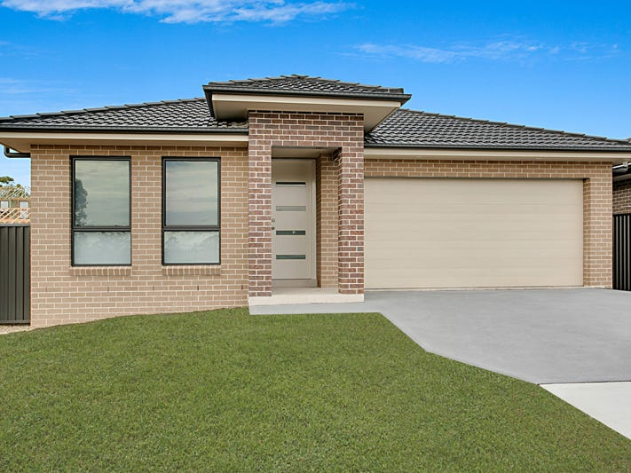 61 Sawsedge Avenue, Denham Court, NSW 2565