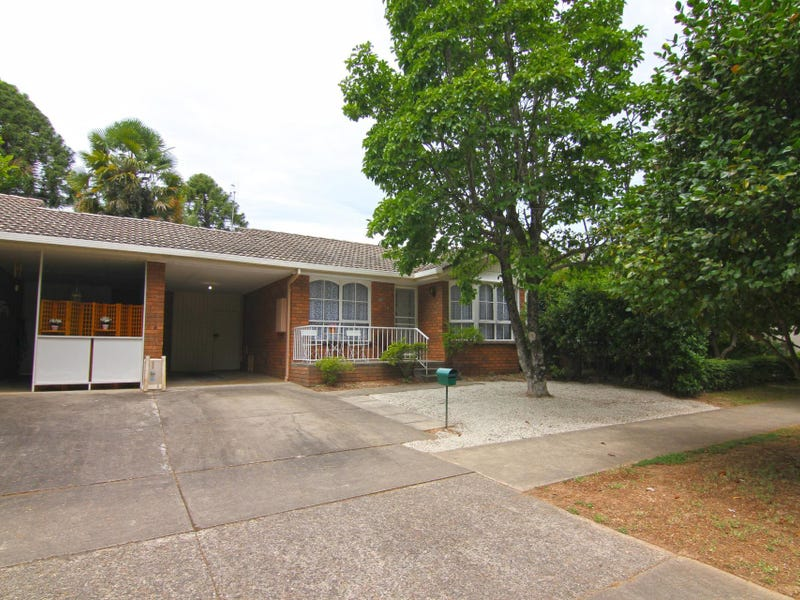 20 Wood Street, Bright, Vic 3741